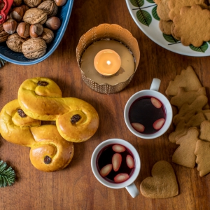 Saffransbullar and Pepparkakor